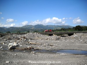 san jose de ocoa river bed and bridge