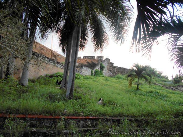 The wall around the Fuerte and Iglesia Santa Barbara