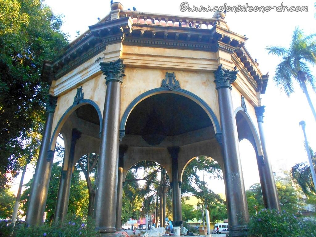 The beautiful Gazebo in the center of Parque Enriquillo